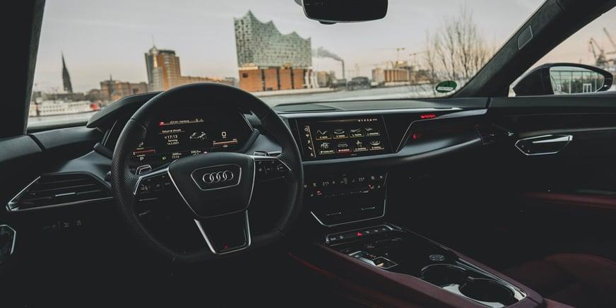 Audi RS e-tron GT abitacolo