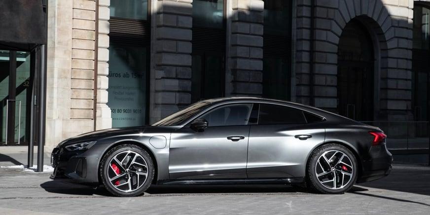 Audi RS e-tron GT laterale