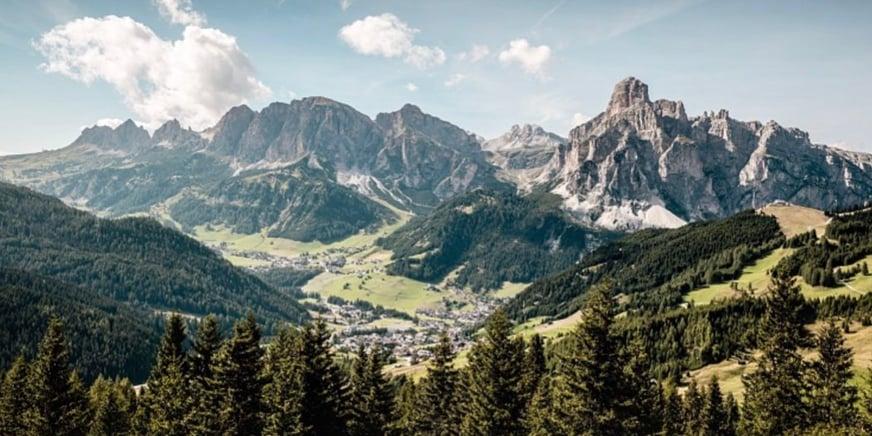 Corvara - strada di montagna