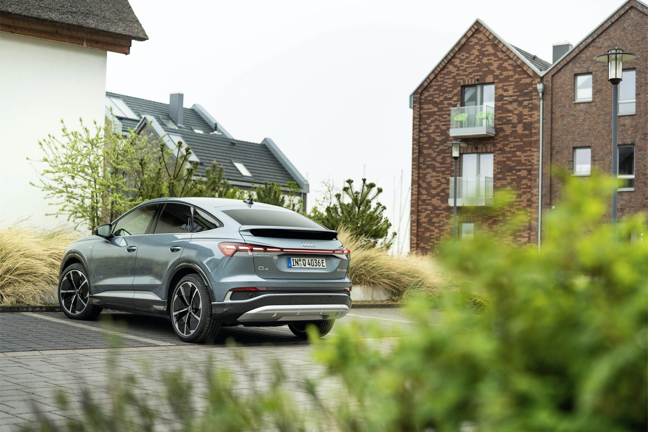 Audi Q4 e-tron sportback retro
