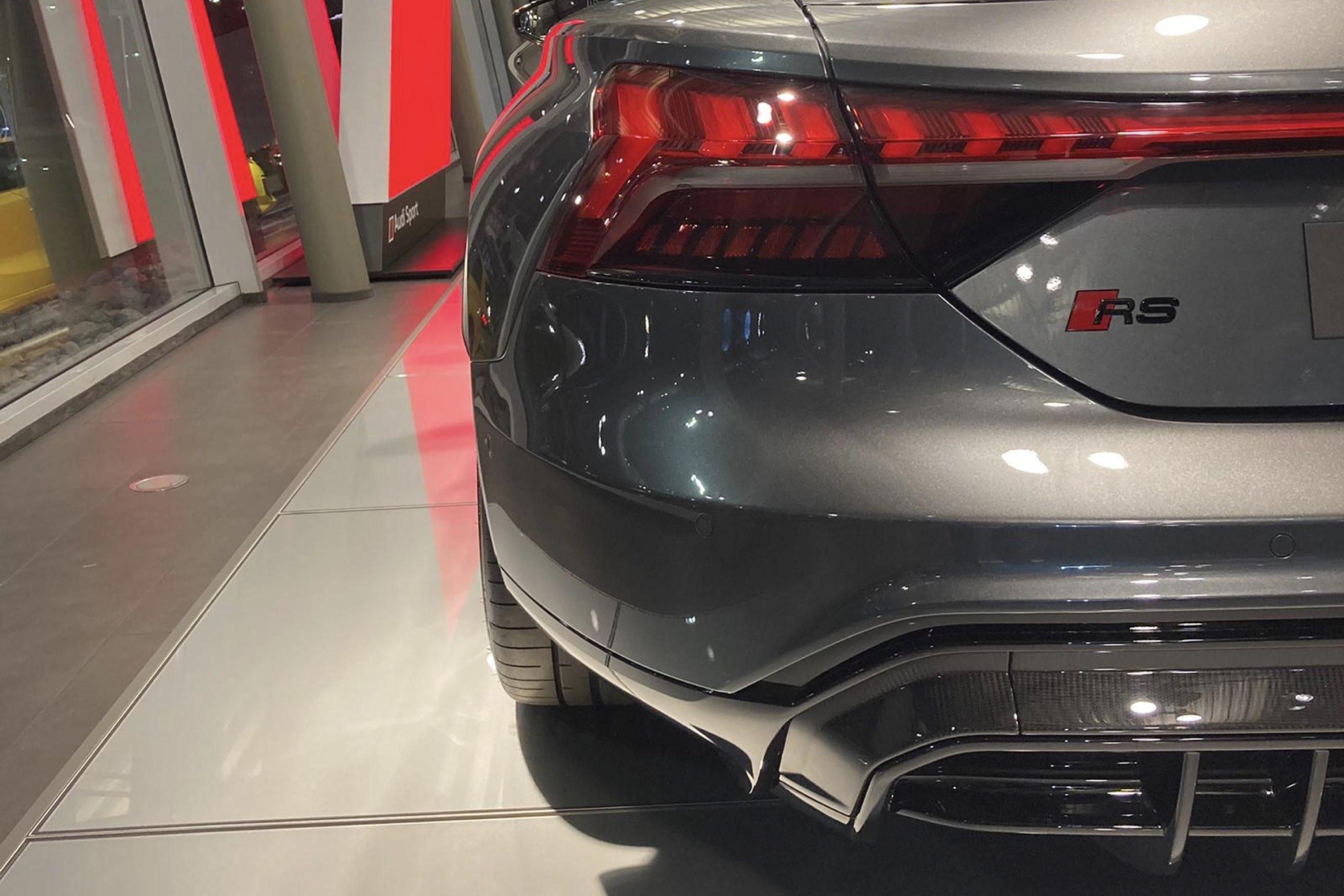 Audi RS e-tron GT dettaglio luce